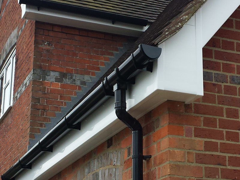 Guttering Upvc Replacement The Fascia Division Horsham